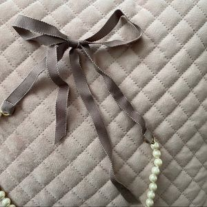 J. Crew Jewelry - J Crew Pearl & Ribbon Necklace